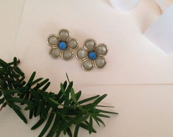 Blue Earrings - Flower Earrings - Clip on Earrings - Screw Back Earrings - Flowers - Floral Earrings - Vintage Earrings - Antique Earrings