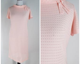 Vintage Womens 1960s Pale Pink Semi Sheer Eyelet Lace Shift Dress with Collar Detail | Size L