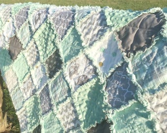 Gorgeous Mint and Gray and Elephant Baby Rag Quilt!