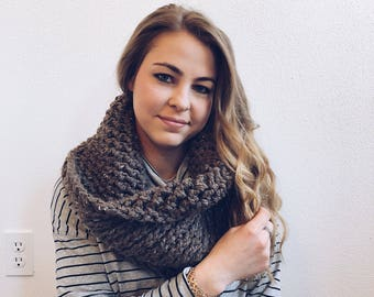 Infinity Cowl, Circle Scarf in TOFFEE