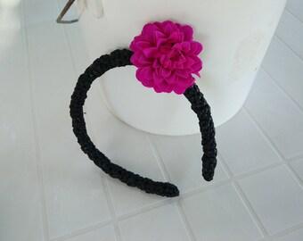 Rigid headband black dress, detachable fuchsia hair clip flower