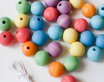 Lacing beads | Wood beads | Rainbow beads | Wooden beads | Waldorf toy | Fine motor skills