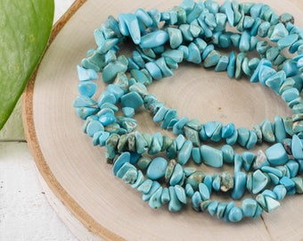 """34"""" Turquoise Blue Dyed HOWLITE Chip Necklace - Howlite Bead Necklace, Howlite Jewelry, Howlite Necklace, Healing Crystals and Stones E0815"""