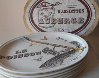 Boxed Set of Six GIEN 'Le Poisson' Hand Painted Vintage French Fish Plates from the 1970's. Modern Mid Century Fish Plate Set.