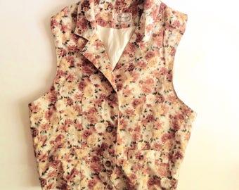 Vintage 90's womens vest / floral vest / 90s floral vest / daisy floral print / collared vest / button up vest / womens vest