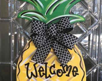Pineapple door hanger Summer door hanger Sweet summertime Pineapple wreath Welcome door hanger Welcome wreath