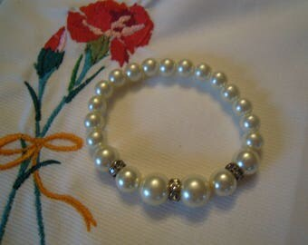 fancy and sparkly pearl bracelet