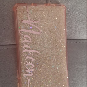 how to get air bubbles out of glitter phone case