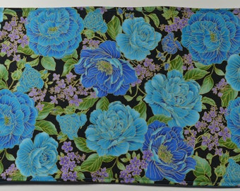FREE SHIPPING - Blue and Purple Flower placemats, reversible placemats, linens,cloth placemats, gift, birthday gift