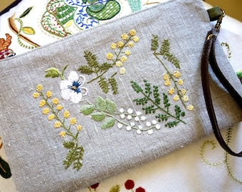 Clutch-clutch mimosa and Pansy embroidery on linen