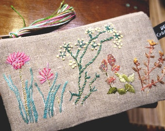 Hand embroidered linen country Kit