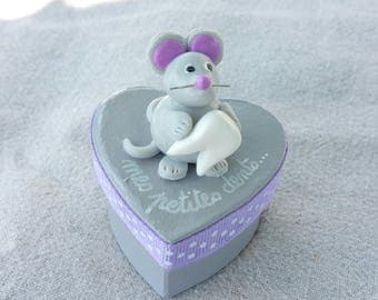 box teeth gray heart with little mouse (violet tone)