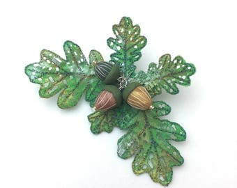 Oak leaf and acorn brooch, embroidered and hand painted brooch, wearable art brooch, woodland pin, wearable art brooch