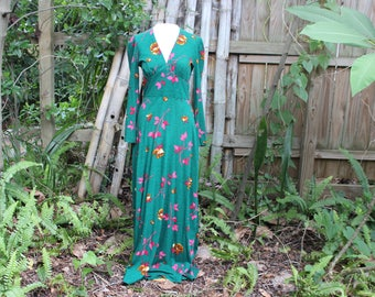 70's Green Long Sleeve Floral Maxi Dress -S/M