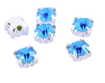 Set of 5 claw 5x5mm blue acrylic rhinestone silver