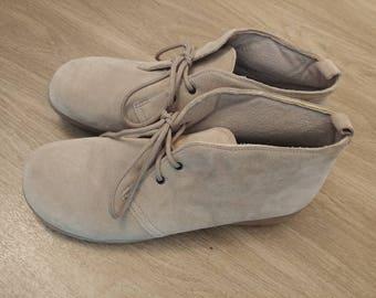 Vintage Soft Desert Tan Shoes