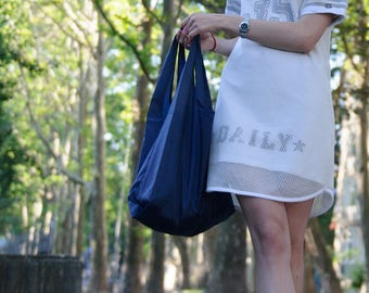 Navy reusable foldable grocery shopping bag #schimbatorba