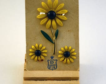 Du Barry Flower Pin with matching clip earrings