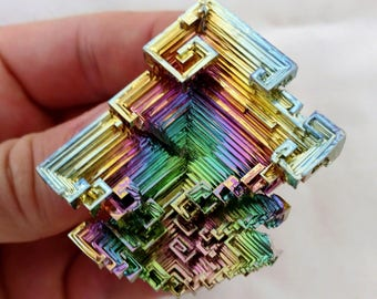 Rainbow Bismuth Crystal 88g Lab Grown Jewelry Display Specimen Educational Metaphysical Metal Healing Stone