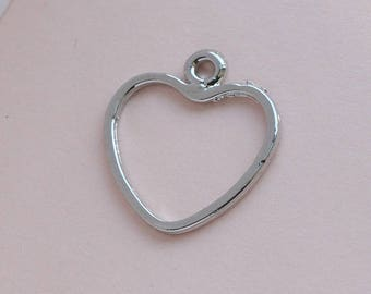 Yours Silvery Sweetheart pendant