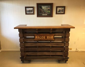 The Elite  Pallet Tiki Bar / Tiki Bar / Personlized Bar ( Electrical Oulets & LED Lighting Included )       ••Spring Sale••