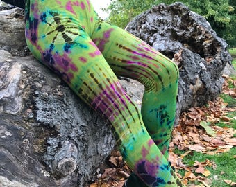 Psychedelic tie dye leggings, yoga leggings, festival clothing, funky leggings, colourful leggings, hippie clothing
