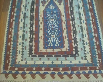 Türkish rug.from Konya.3.8 feet x 4.9 feet.Free shiping