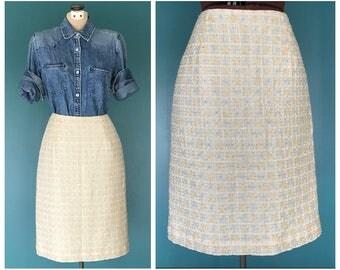 """Vintage Sequin Skirt. Pencil Skirt. Beaded Skirt. Mid length Skirt. Sequin Beaded Skirt. Designer Skirt. Straight Skirt. 26"""" Waist Small"""