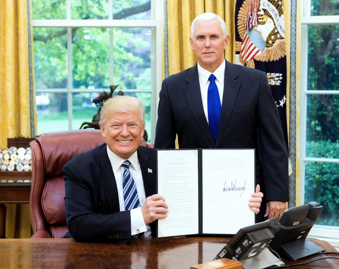 President Donald Trump with Vice President Mike Pence in the Oval Office in 2017 - 5X7, 8X10 or 11X14 Photo (OP-467)