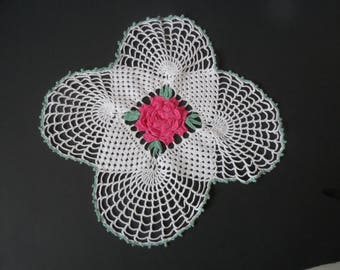 FREE SHIPPING USA Vintage Cotton Hand Crocheted Square  Doily White with Pink Center 3D Rose 160D