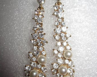 A Pair of Beautiful Sparkly Rhinestone and Faux Pearl Earrings