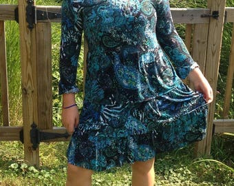 Paisley Queen dress, casual dress, fits kids up to size 12 (gently used)