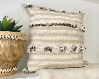 Handira Wedding Blanket Pillow / MOROCCAN HANDIRA Cushion Cover handmade from Moroccan Wedding Blanket