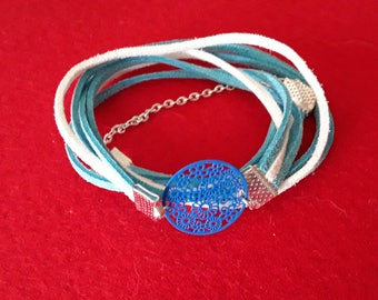 Bracelet wrap suede and blue and white filigree