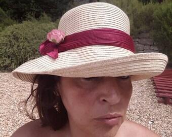 Straw cloche Hat form