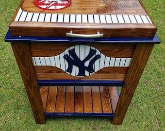 New York Yankee wooden cooler