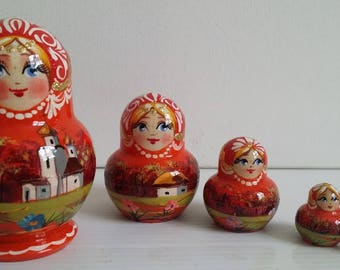 Very pretty flowers, Russian doll, 5 pieces nesting dolls matryoshka
