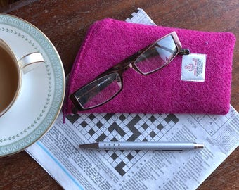 Pink glasses case - Harris Tweed glasses case - eyeglass case - spectacles case - sunglasses case - wool anniversary - soft glasses pouch
