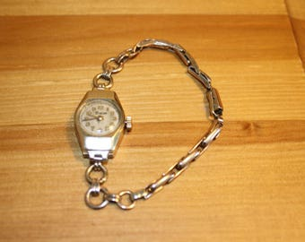 Vintage Timor 9 ct ladies Gold Watch