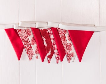 Stunning MiCRO Christmas Tree Bunting. Mix of red and cream Bunting.  Great Christmas gift. Hanging garland. Festive flags.