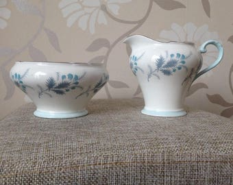 Aynsley 'Las Palmas' bone china sugar bowl and creamer set