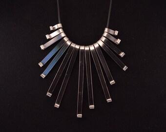 Evening aluminum flat wire necklace