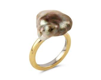 Vintage Grey Baroque Pearl Ring