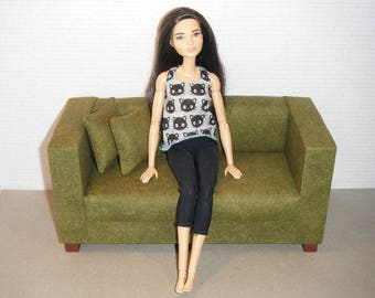 Doll Furniture Sofa and Pillows - Barbie Momoko, Blythe, Pullip, Fashion Dolls - 1:6 Playscale Living Room Diorama - Green