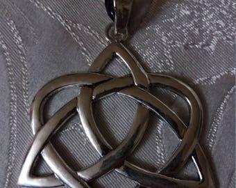 Large Celtic knot, knot, jewlery, pagan Celts
