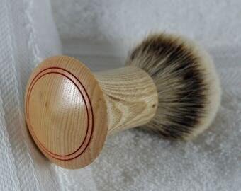 Shaving- Brush/shaving-brushes/ razor/ straight-razor/ shaving- soap/shaving mug/shaving/24mm silver tip/ideal for first time shaver