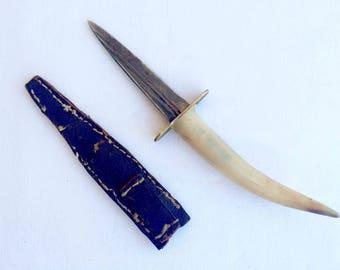 Vintage 1960's Bull Horn Knife