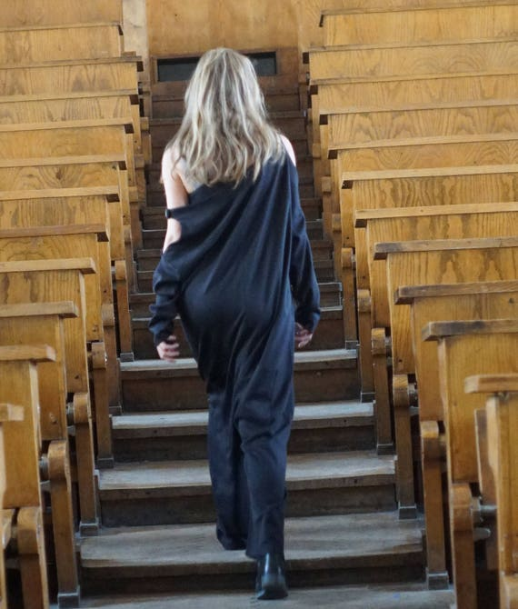 Extravagant Black Overall, Extra Baggy Long Sleeves Jumper, Loose Fit Off Shoulder Jumper, Oversized Overall, Maxi Loose Jumpsuit