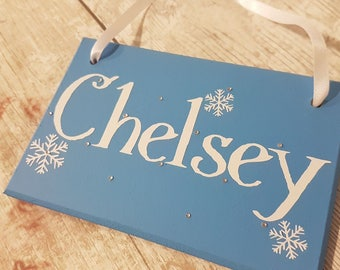 Frozen themed girls name plaque