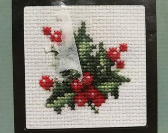 SPRINGSALE Counted cross stitch holly kit